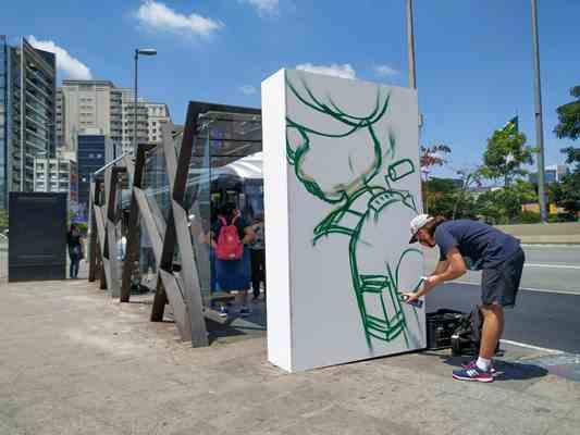 Kuêio na intervenção urbana na Avenida Brigadeiro Faria Lima